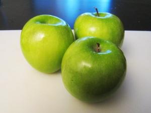 Granny Smith Apples https://manfuel.wordpress.com