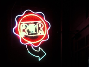 Redds in Rozzie - Neon Sign
