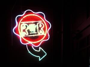 Redds in Rozzie - Neon Sign