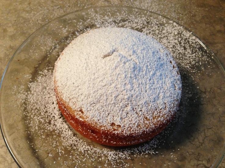 Powdered Sugar on Mini Vanilla Cakes by Man Fuel
