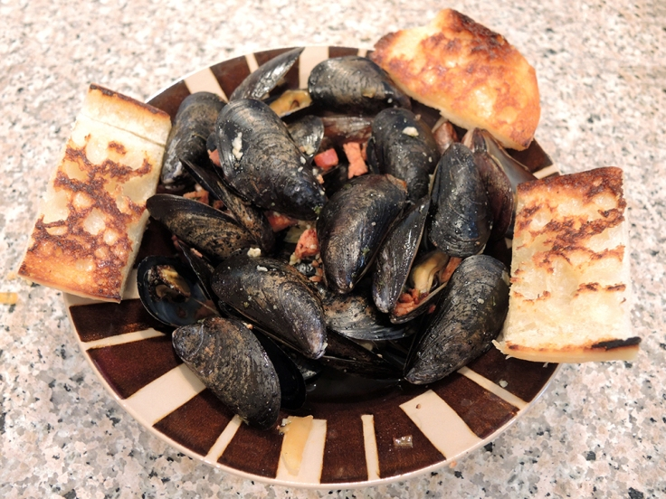 Steamed Mussels with Chourico and Toasted Bread by Man Fuel