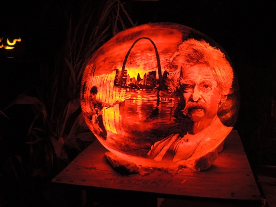 Mark Twain - Jack-o-lantern Spectacular Roger Williams Park Zoo