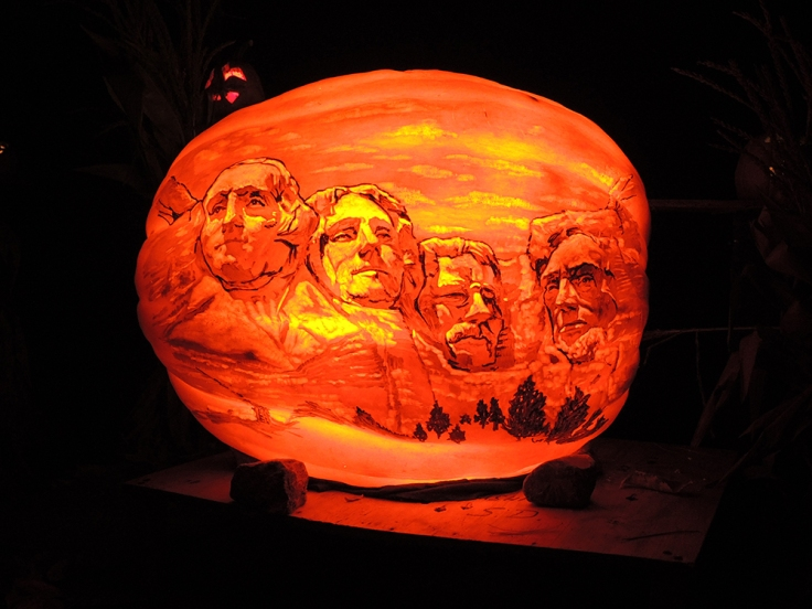 Mount Rushmore - Jack-o-lantern Spectacular Roger Williams Park Zoo