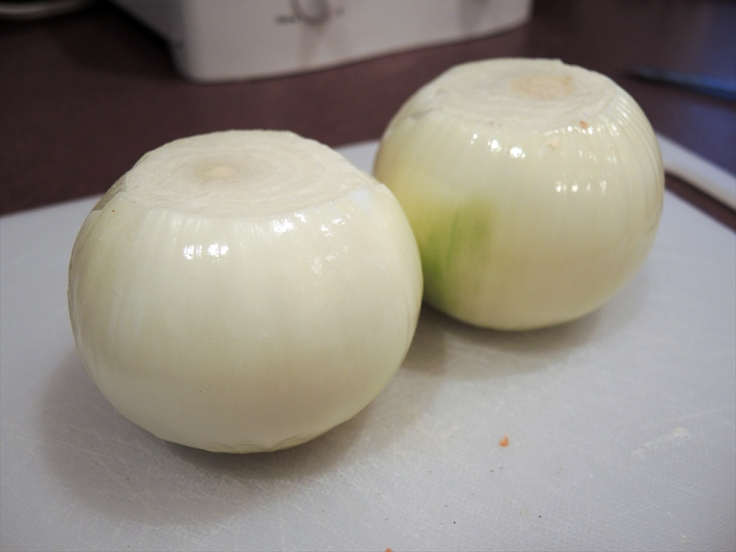 Two Large Onions - manfuelblog.com