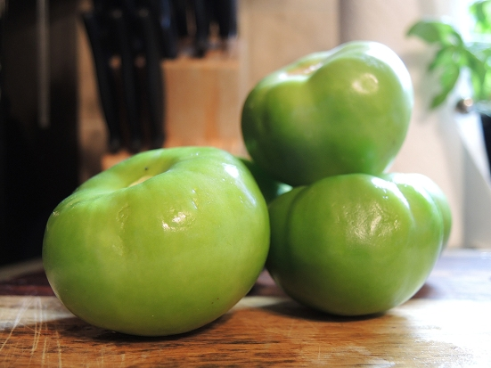 Man Fuel - food blog - Peeled Tomatillos
