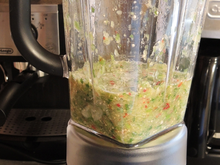 Man Fuel - food blog - Tomatillo Salsa in Blender
