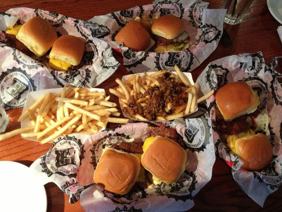 Man Fuel - Food Blog - Harry's Bar and Burger - Providence, RI - Sliders