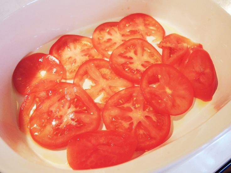 Man Fuel - food blog - Sliced Tomatoes in a Baking Dish