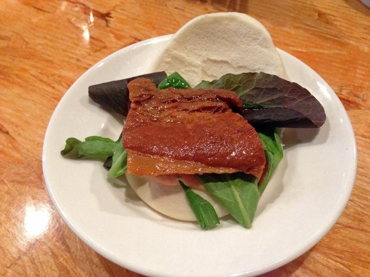Man Fuel - Food Blog - Ken's Ramen - Providence, RI - Yaki Buta Pork Bun