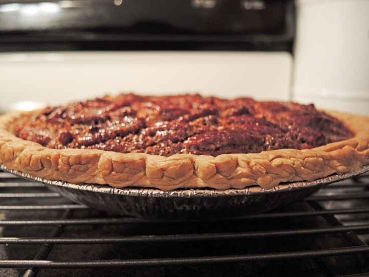 Man Fuel - Food Blog - Pecan Pie Cooling