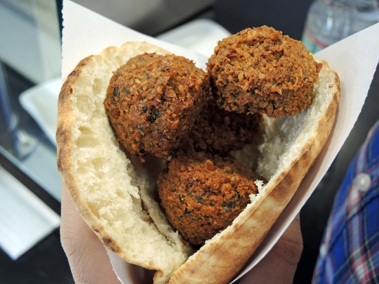Man Fuel - Food Blog - Amsterdam Falafel Shop - Boston, MA - Regular Falafel Sandwich