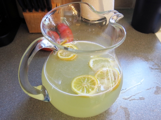 Man Fuel - Food Blog - Fresh Squeezed Classic Lemonade