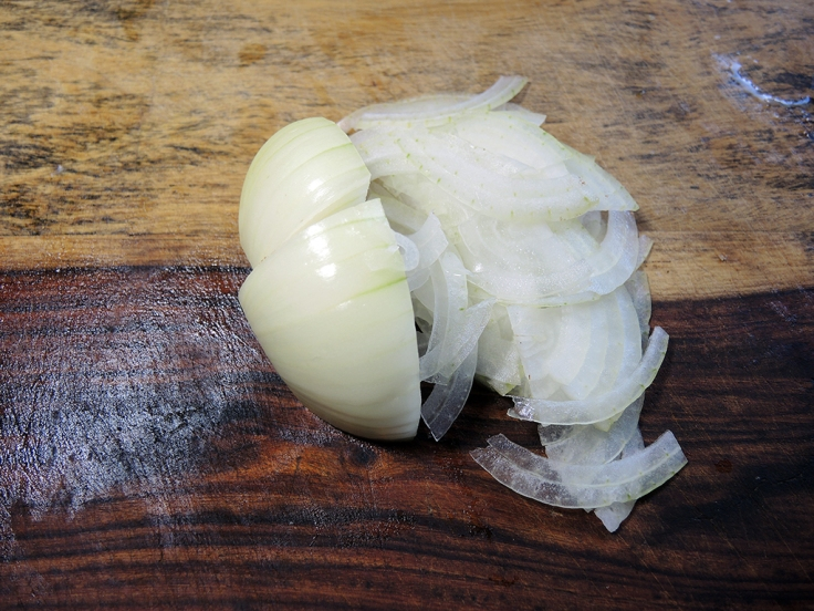 Man Fuel Food Blog - Thinly Sliced Onion