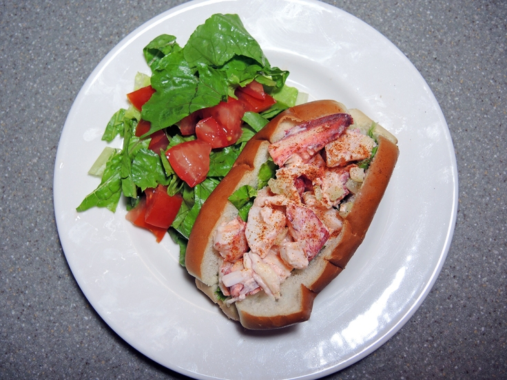 Man Fuel Food Blog - Classic New England Style Lobster Roll Recipe