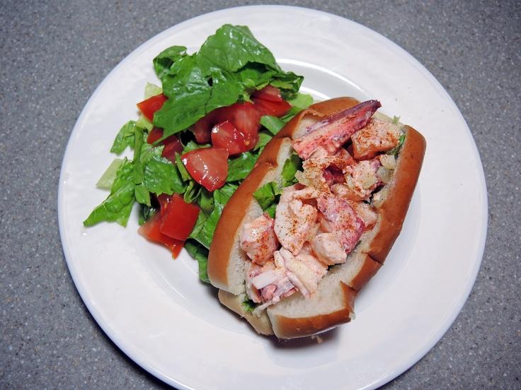 Man Fuel Food Blog - Traditional Lobster Roll Recipe