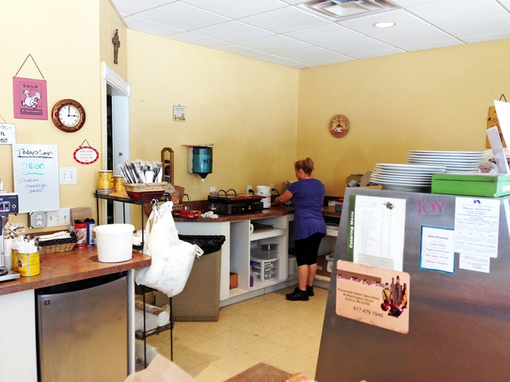 Man Fuel Food Blog - Cucina Mia - Quincy, MA - Kitchen