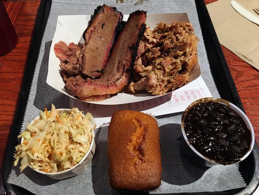 Man Fuel Food Blog - BT's Smokehouse - Strubridge, MA - Brisket, Cornbread, Coleslaw, Beans