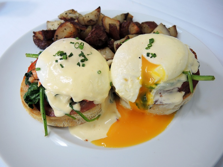 Man Fuel Food Blog - The Quarry - Hingham, MA - Lobster Eggs Benedict Brunch