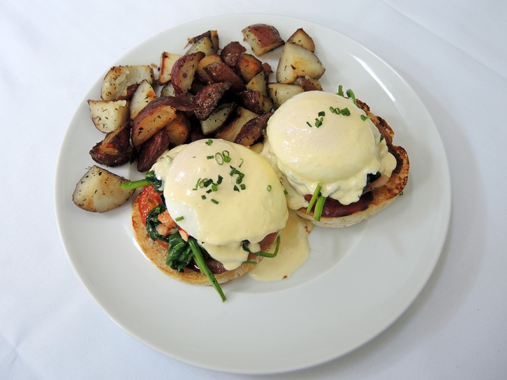 Man Fuel Food Blog - The Quarry - Hingham, MA - Lobster Eggs Benedict