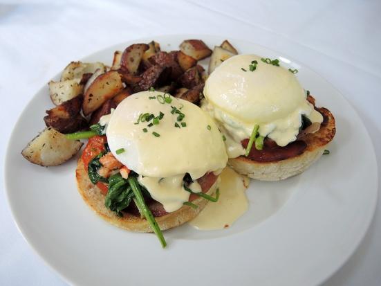 Man Fuel Food Blog - The Quarry - Hingham, MA - Perfect Lobster Eggs Benedict