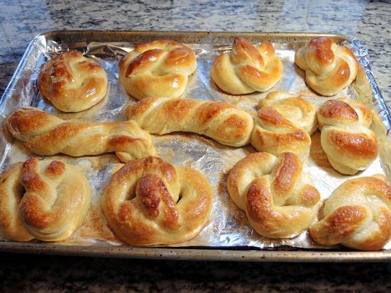 man-fuel-food-blog-buttereing-homemade-soft-pretzels-recipe