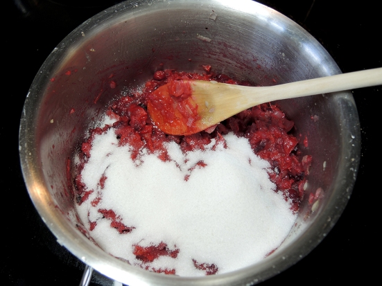 man-fuel-food-blog-cranberry-chutney-adding-sugar