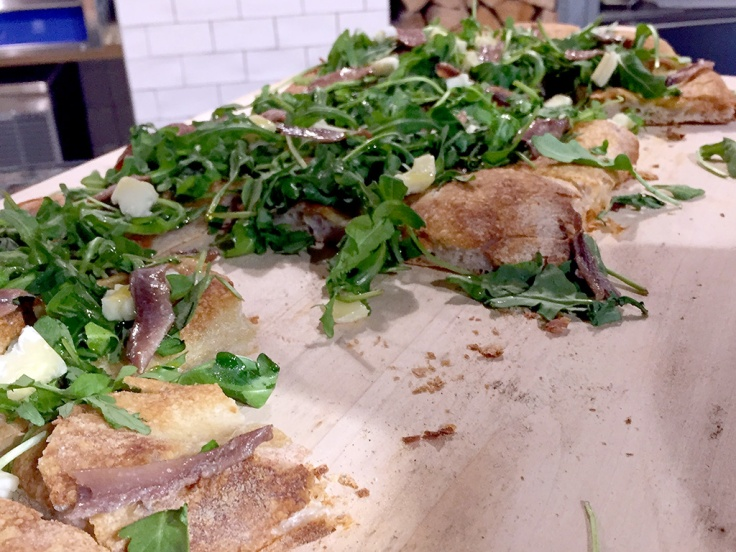 man-fuel-food-blog-eataly-boston-flatbread-with-anchovies