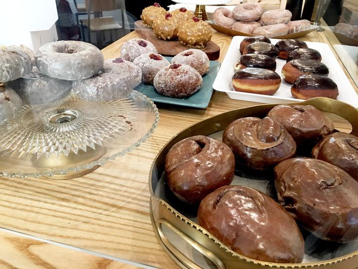 man-fuel-food-blog-knead-doughnuts-providence-ri-counter