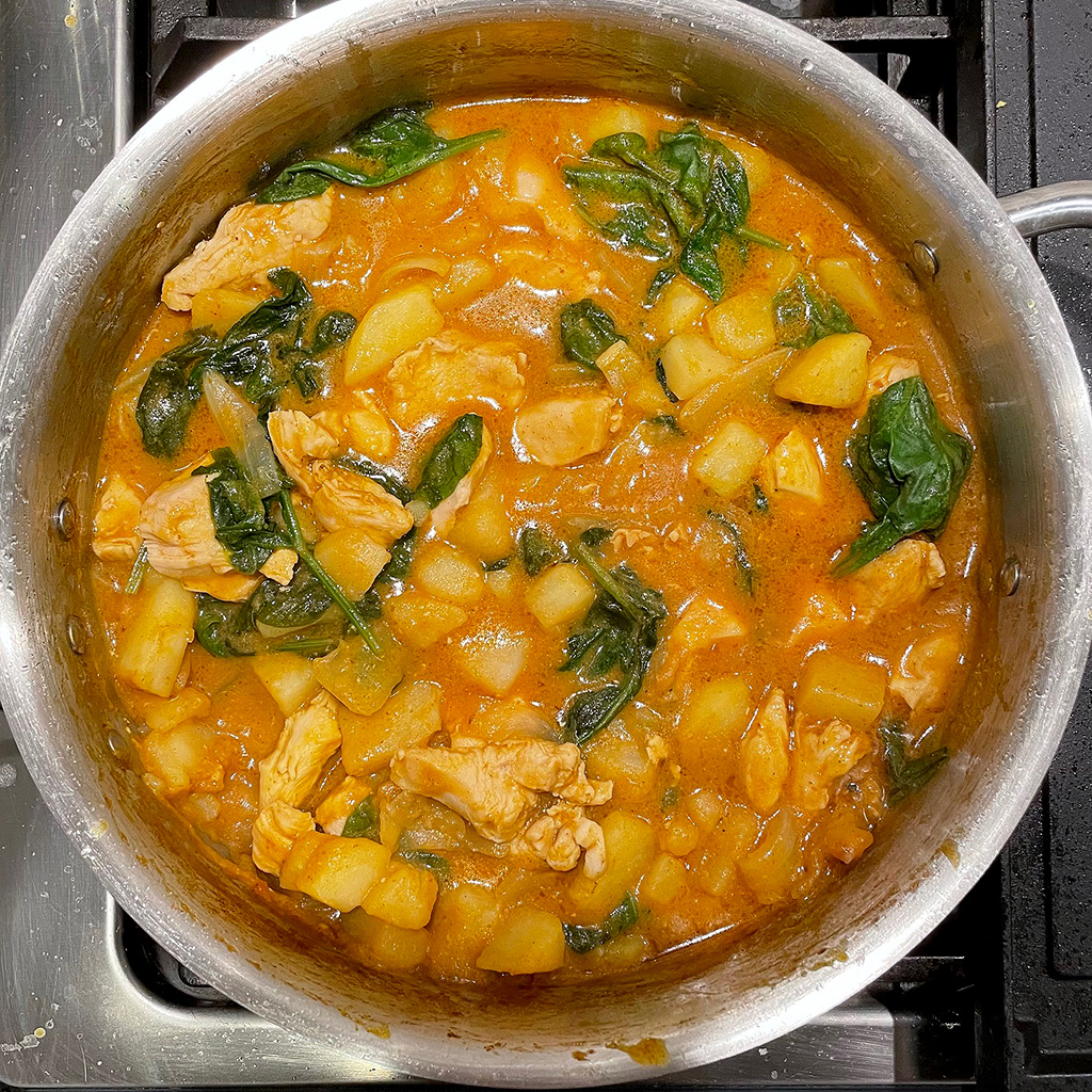 Home Is A Kitchen - Crowd Cow Review - Chicken Curry