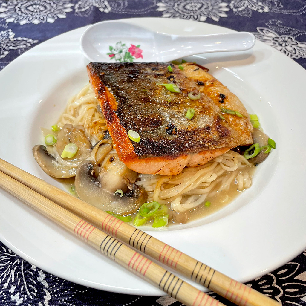 Home Is A Kitchen - Crowd Cow Review - Salmon and Noodles